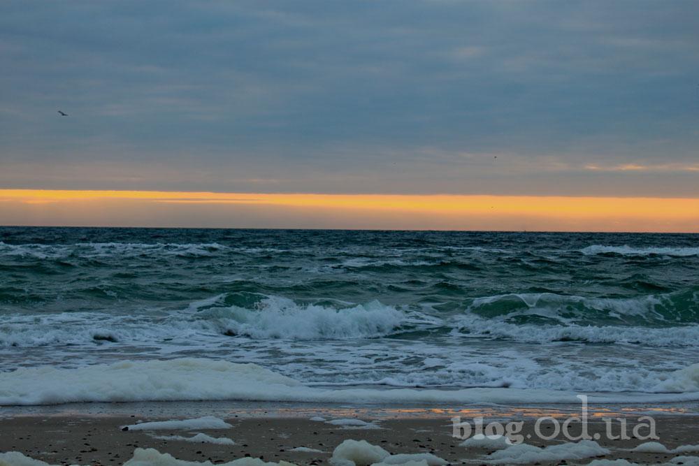 Море прокидається