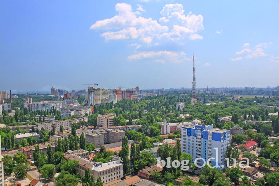 Вулиці Одеси з даху багатоповерхівки