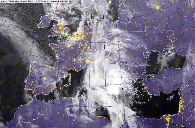 Супутниковий знімок хмарності 12.11.2019